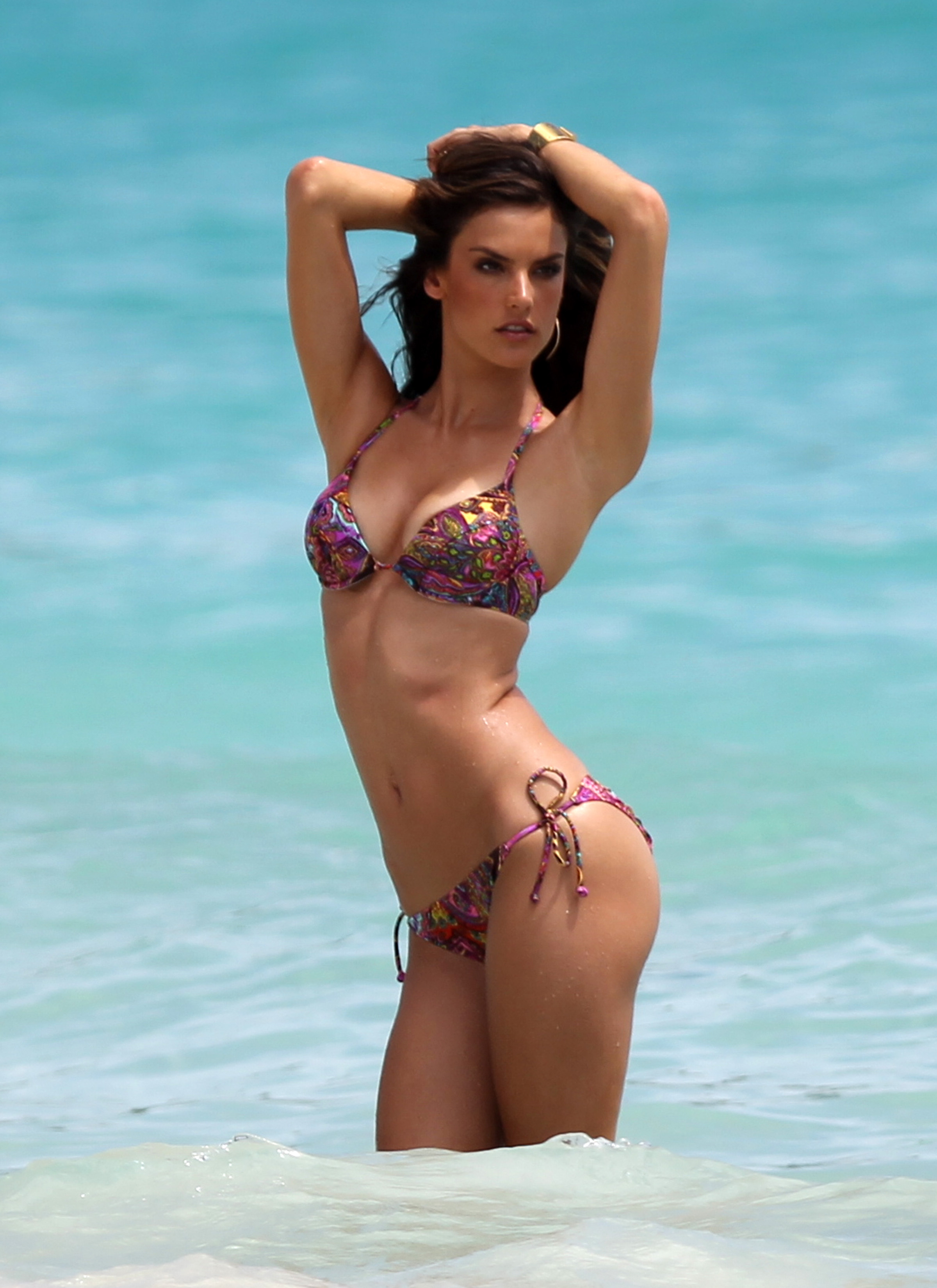 Alessandra Ambrosio - Gallery Colection